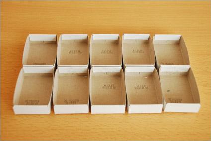 Récupérer les 10 casiers en cartons