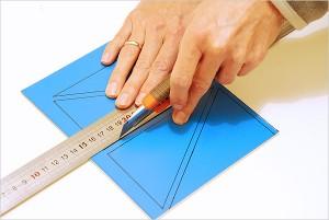 Découpe des triangles dans la plaque
