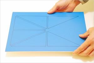 Plaque de triangles constructeurs prête au découpage