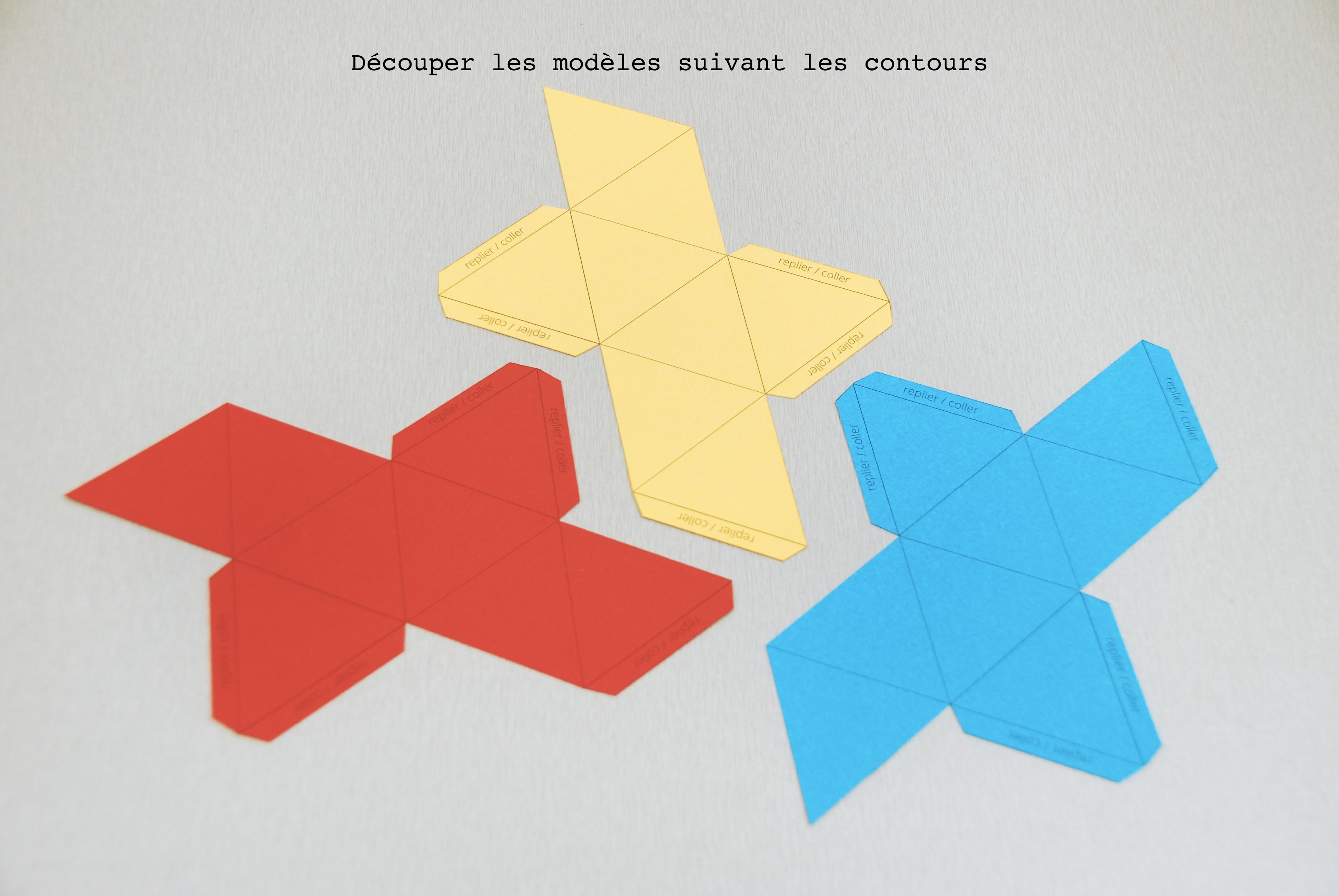 Patrons à découper pour le mobile des octaèdres
