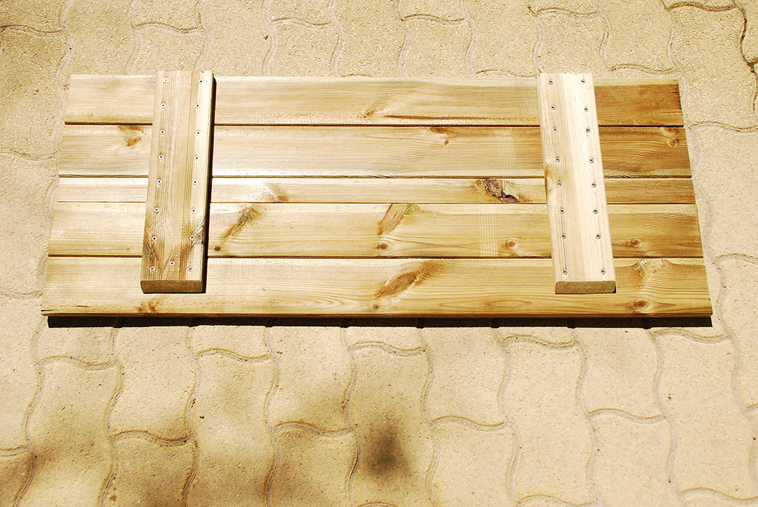 Composteur pédagogique - Trappe de versement