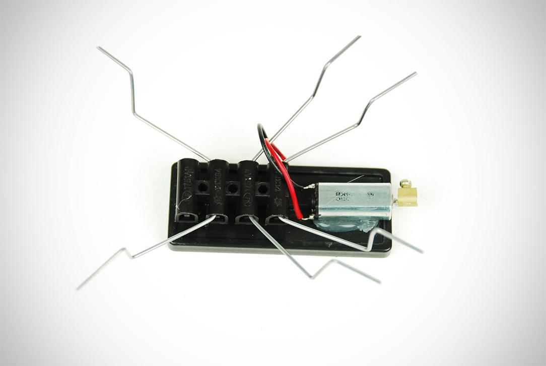 Insecte Solaire - Fixation Moteur