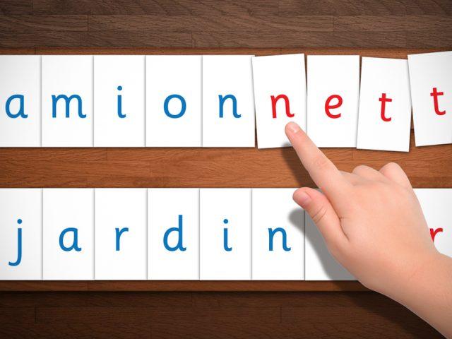 Réaliser les Lettres Mobiles de Montessori : Modèles Imprimables